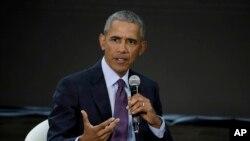 L'ancien président Barack Obama parle au cours d'une conférence à New York, 20 septembre 2017.