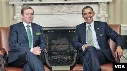 Predsjednik Barack Obama tijekom nedavnog susreta s irskim premijerom Enda Kenny . Obama će sada posjetiti i irsko selo odakle potječu njegovi preci s majčine strane