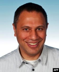 Doç. Dr. Yaman Akdeniz