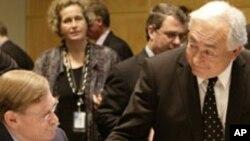 ความวุ่นวายในตะวันออกกลางและภัยพิบัติในญี่ปุ่นคือประเด็นสำคัญในการประชุมธนาคารโลกและ IMF
