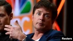 "Produser eksekutif dan aktor utama Michael J. Fox dalam jumpa pers untuk serial komedi ""The Michael J. Fox Show"" di California (27/7). (Reuters/Phil McCarten)"