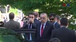 ԲԱՑԱՌԻԿ. Թուրքիայի նախագահ Ռեջեփ Էրդողանը հետևում էր դեսպանատան անվտանգության աշխատակիցների կողմից ցուցարարների հանդեպ բռնության կիրառմանը