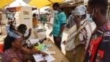 VOA60 AFIRKA: A takaitattiun labaran Afirka na yau 'yan kasar Ghana sun kada kuri'ar zaben shugaban kasa, da wasu sauran labarai.