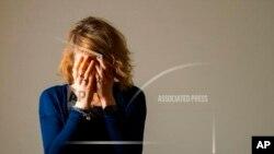 Archivo. Una mujer mostrando síntomas de depresión. El número de adultos con depresión se ha duplicado durante la pandemia.