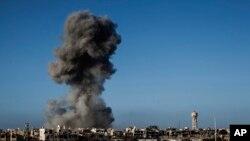 Последствия авианалета на Триполи