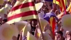 Илјадници Каталонци маршираа за независност во североисточна Шпанија