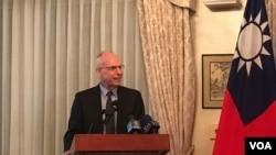 美国在台协会执行理事罗瑞智2019年3月6日参加双橡园《台湾关系法》40周年活动(美国之音钟辰芳拍摄)