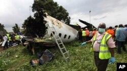 3일 나이지리아 라고스 공항 인근에서 소형 항공기가 이륙 직후 추락하는 사고로 13명이 사망했다.