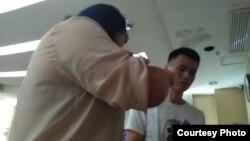 圖中男子為涉嫌欺辱女律師和女公民的廣州華林派出所警察陳某剛(隋牧青提供圖片)