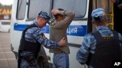 Rossiyadan migrantlarga nisbatan munosabat azaldan keskin, 2013-yil olingan surat