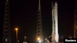 ການນັບຖອຍຫລັງ ເພື່ອສົ່ງຈະຫລວດ Falcon 9 ຖືກຍົກເລີກ ໃນນາທີສຸດທ້າຍ.