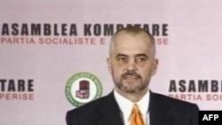 Tiranë: Opozita shqiptare me një kurs të ri politik