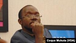 Coque Mukuta, correspondente da VOA em Luanda