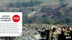 Kosovë: Serbët në veri kundërshtojnë zhbllokimin e rrugëve