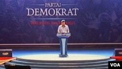 Ketua Umum Partai Demokrat Susilo Bambang Yudhoyono dalam kampanye Partai Demokrat di Jakarta Kamis (3 April) memaparkan keberhasilan yang diraih pemerintah selama 10 tahun terakhir (foto: VOA/Ahadian)