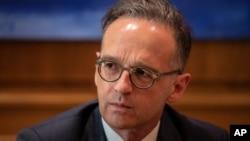 Ngoại trưởng Đức Heiko Maas ngày thứ Sáu nói rằng Berlin sẽ đình chỉ thỏa thuận dẫn độ với Hong Kong sau khi cuộc bầu cử ngày 6 tháng 9 vào cơ quan lập pháp của thành phố này bị hoãn.