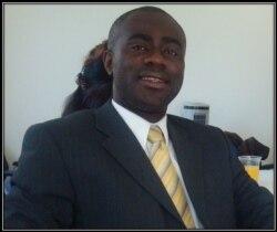 Professeur Eric Edi, de l'Université de Philadelphie, joint par Jacques Aristide