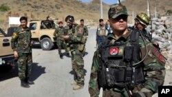 طالبانو اوس له خارجي قواوو سره ډزبندي کړې او یوازې له افغان عسکرو سره جنګیږي