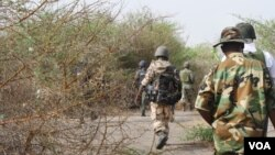 Sojojin Najeriya a cikin wani wurin da hukumomi suka ce a baya, babban sansani ne na 'yan Boko Haram a kusa da Konduga a Jihar Borno