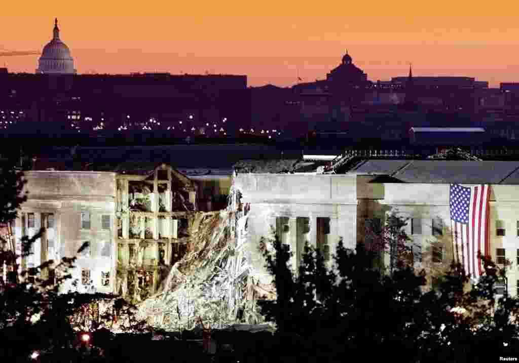 La partie endommagée du bâtiment du Pentagon, où un avion commercial avait été détourné le 11 septembre 2001.