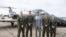 美国国防部长埃斯珀2020年1月探视美军南方司令部军人(美国国防部照片)