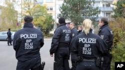 پولیس آلمان هویت این مرد افغانستان را افشا نکرده است