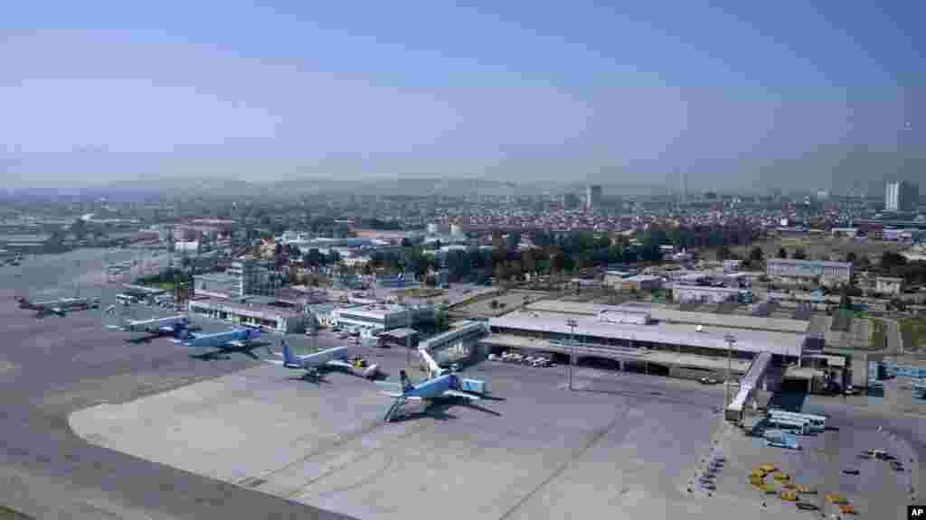 میدان هوایی بین المللی حامد کرزی در کابل
