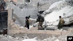 이라크 정부군이 24일 라마디 중심부에서 약 115km 떨어진 지점까지 진입해 순찰활동을 벌이고 있다.