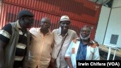 VaStephen Chipfunyise, vari kurudyi, vaina mushakabvu Oliver Mtukudzi, Daves Guzha, pamwe nabob Nyabinde