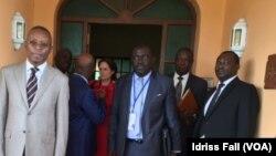 Rene Aboughe Ella, président de la CENAP et des observateurs, à Libreville, le 30 août 2016. (VOA/Idriss Fall)