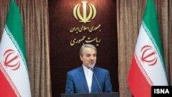 """سخنگوی دولت ایران میگوید که """"در رسانه ملی برخی حرفها زده می شود که حرف یک جناح سیاسی است""""."""