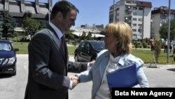 Ministar pravde Kosova Hajredin Kući sa ministarkom pravde Švedske Beatris Ask.