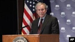 Джордж Буш-младший (архивное фото)