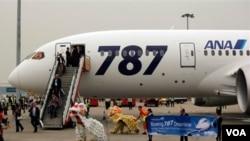 Boeing dice que ha recibido más de 800 pedidos para el avión.
