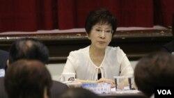 Chủ tịch Quốc dân Đảng Hồng Tú Trụ.