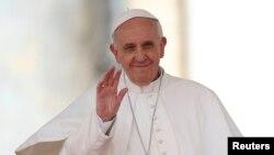El Papa saludó a la Asociación Meter, organización religiosa que lucha contra todo tipo de abusos, incluido el sexual, cometido contra menores.