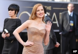 FILE - Jessica Chastain arrives at the 85th Academy Awards at the Dolby Theatre in Los Angeles, Feb. 24, 2013.