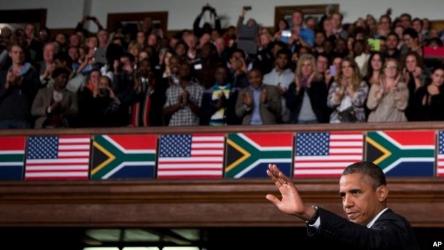 2013年6月30日奥巴马在南非访问期间说明美国和非洲之间的合作关系。