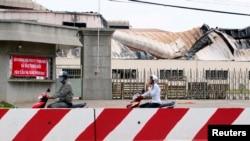 Các doanh nghiệp và công xưởng ở Bình Dương bị tấn công hồi tháng 5, 2014.