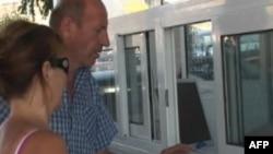 Emigrantët shqiptarë në Greqi mbajnë lidhje të forta me vendin e tyre