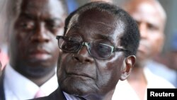 Zimbabwe President Robert Mugabe said Wednesday African nations should not export raw materials to developed nations.