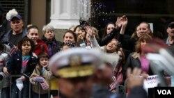 En Nueva York se realizan desfiles en conmemoración de los veteranos caídos en acción.