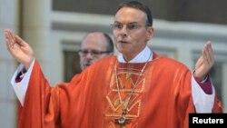 Bishop Franz-Peter Tebartz-van Elst presides over a church service in the diocese of Limburg, Sept. 9, 2013.