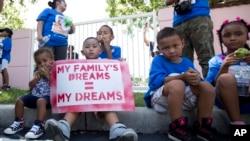 El diario The Washington Post publicó que el Departamento de Seguridad Fronteriza ha comenzado a preparar un plan de deportación de familias centroamericanas.