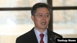 Đặc sứ Hàn Quốc đến Trung Quốc để gặp vị tương nhiệm, thảo luận về các biện pháp trừng phạt Bắc Triều Tiên sau vụ thử hạt nhân.