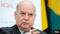 """José Miguel Insulza: """"La OEA ha tomado una resolución y espero que se cumpla""""."""