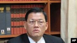 台湾外交部发言人章计平答复记者询问
