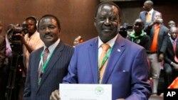 Raila Odinga candidato presidencial do Partido Democrático Laranja