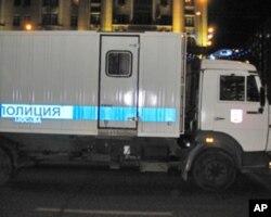 莫斯科街头运送被捕示威者的警车