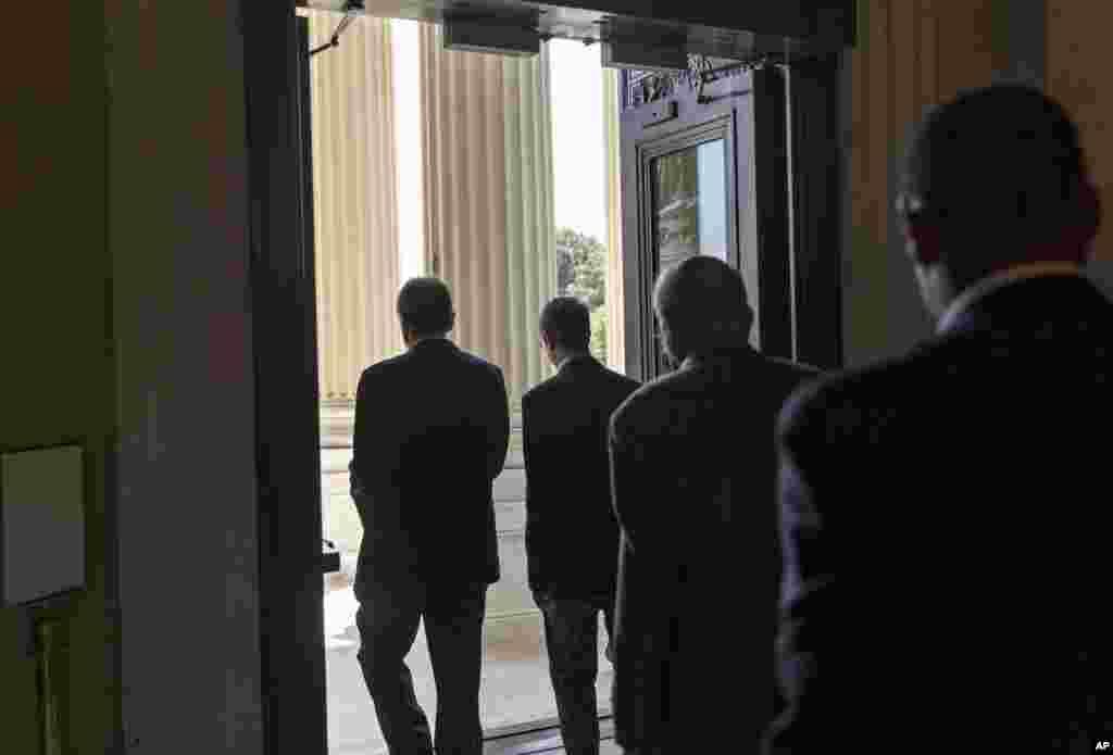 Các thành viên của Hạ viện Mỹ rời khỏi Quốc hội đi nghỉ phép 5 tuần trong tháng Tám.